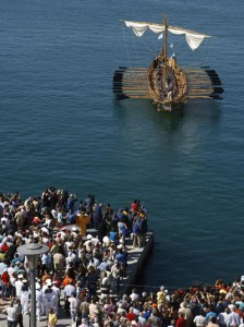 With cheers from fans on the dock, Argo leaves Volos to begin the long voyage to Venice, Italy