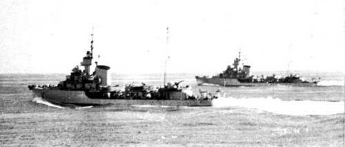 Two allied destroyers rushed food and help to Karpathos